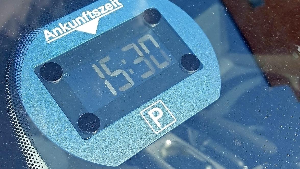 TolleTour 1 St/ück Parkscheibe Elektronisch universell Parkuhr Hochtemperaturbest/ändigkeit Dual Screen Display