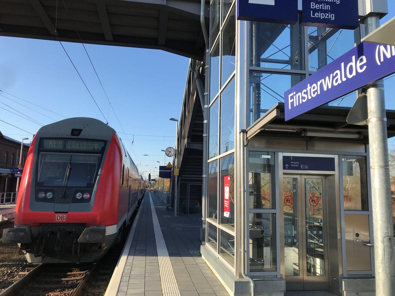 Zugverkehr: In Finsterwalde fährt die Bahn wieder zweigleisig - Lausitzer Rundschau