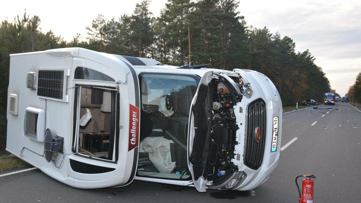 Verkehr: Hoyerswerda: Zwei Verletzte bei Unfall auf der B 97