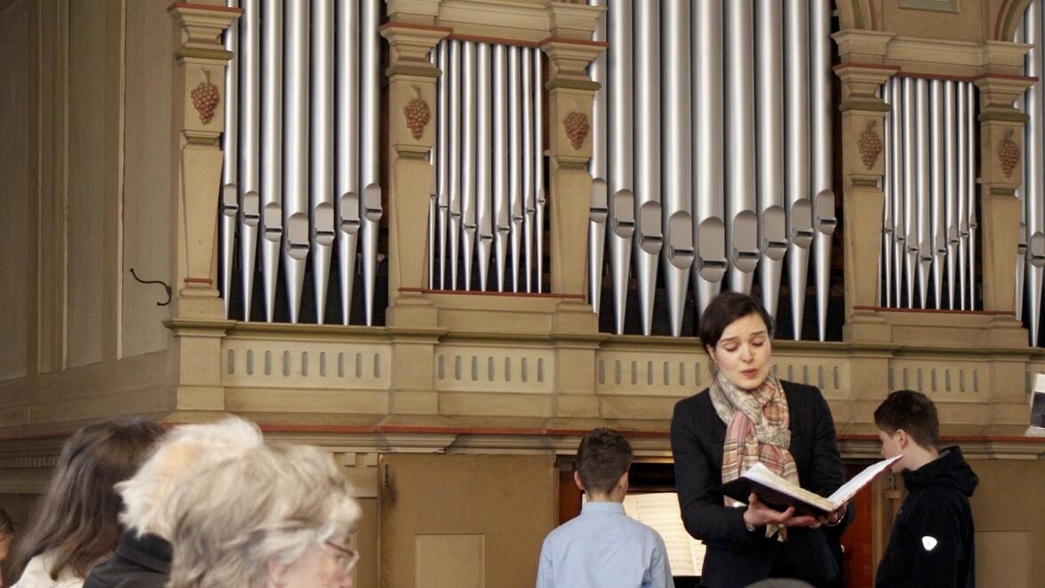 Die Orgel in der Uebigauer Nikolaikirche soll neue Prospektpfeifen erhalten. Zur Finanzierung des Vorhabens werden 41 Pfeifenpaten gesucht.